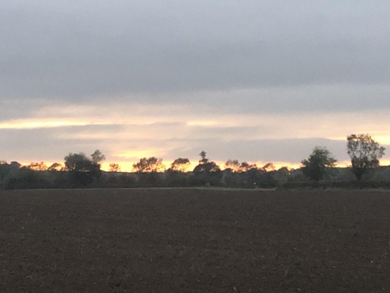 Sunset over the Lincolnshire Wolds 18:13 BST #aDayInTheLife